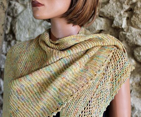 Modèle Vela tricoté avec la laine Coquette de Laine Select